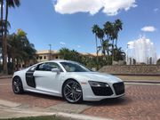 2014 Audi R8 V10Base Coupe 2-Door